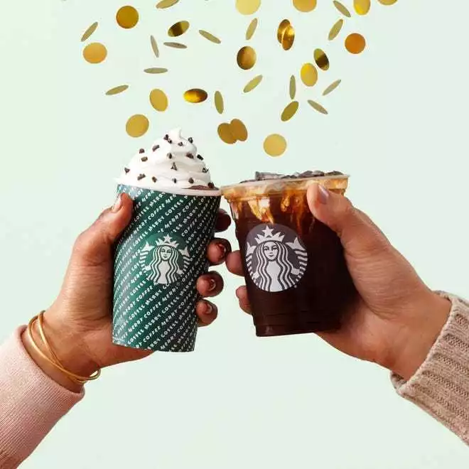 喜迎2020,星巴克在全国1,000多个店铺提供免费饮料