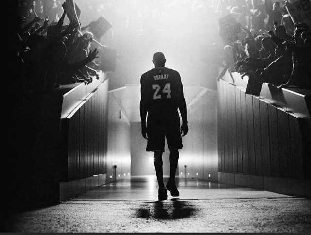 NBA巨星科比Kobe Bryant在直升机坠毁事故中去世!
