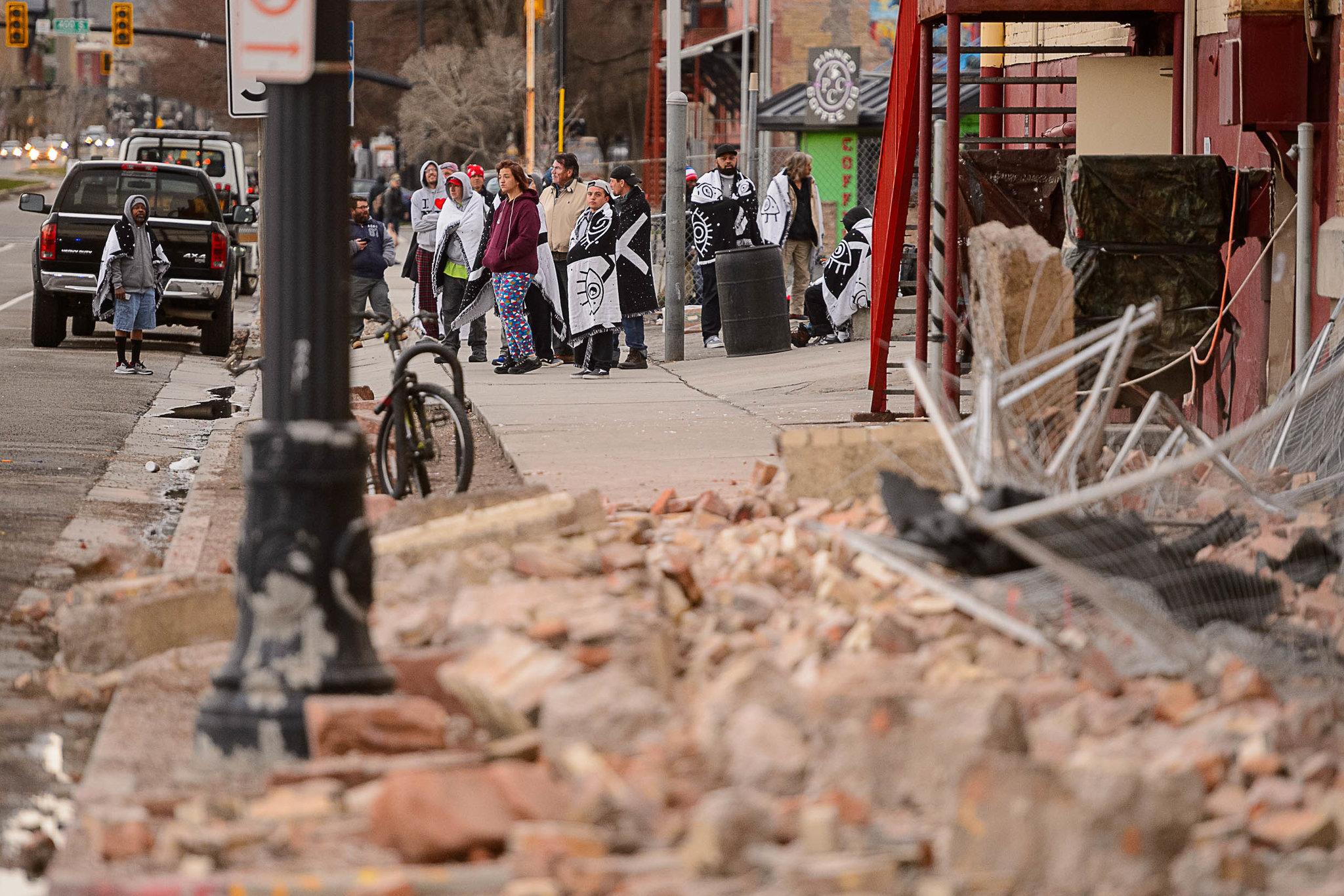 犹他州当地时间上午约7点09分,发生规模5.7地震