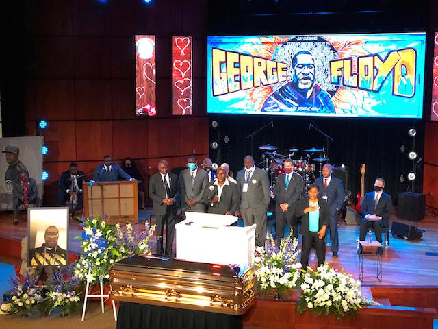 """弗洛伊德追悼会,黑人民权活动家夏普顿:""""是时候让我们以乔治的名义站起来"""""""