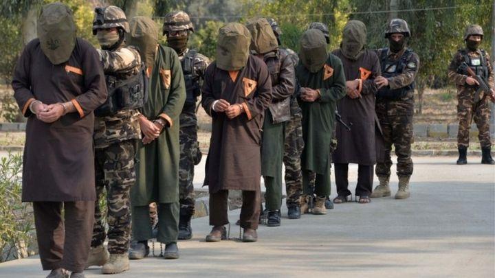 塔利班宣布已完全释放1000名政府军