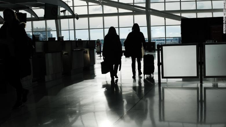 美国国务院取消全球旅行警告