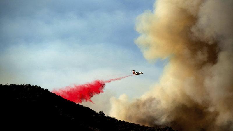 美国西部多州进入山火季