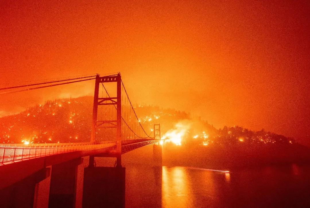 美西野火致严重空气污染 医院就诊案例增加