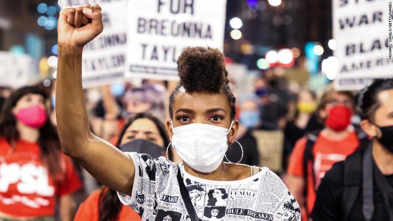 布罗娜·泰勒事件在全美各地引发抗议游行