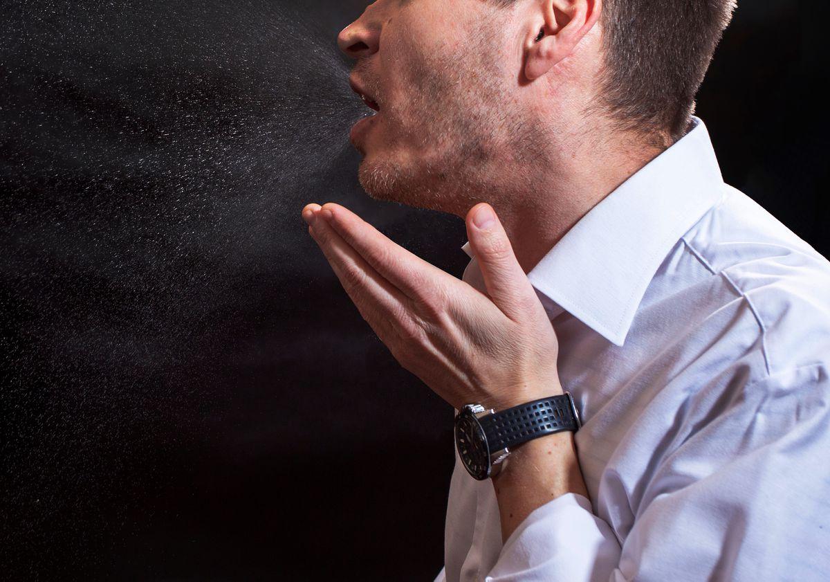 CDC承认新冠病毒能悬浮在空中达数小时