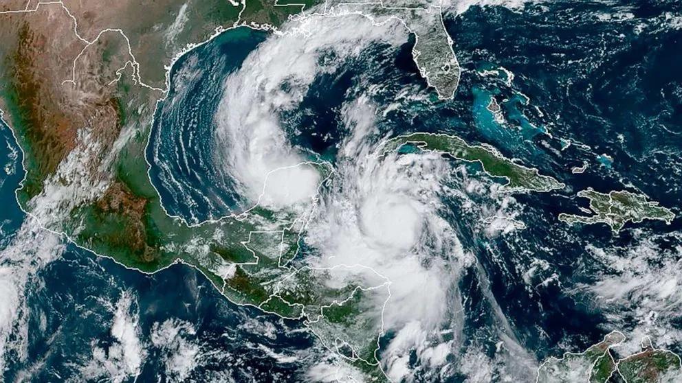 热带风暴Delta持续增强,升级为四级飓风