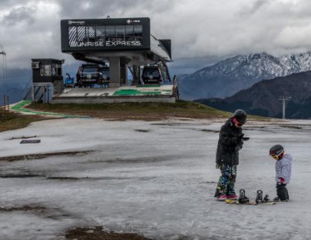 加州多个滑雪场准备在冬季重启开放
