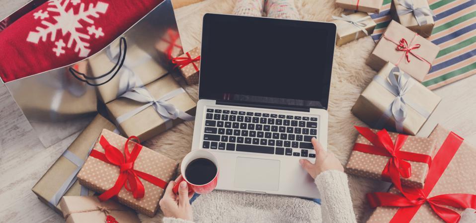 美国前100大网络零售预计11月和12月销售额将增长33%