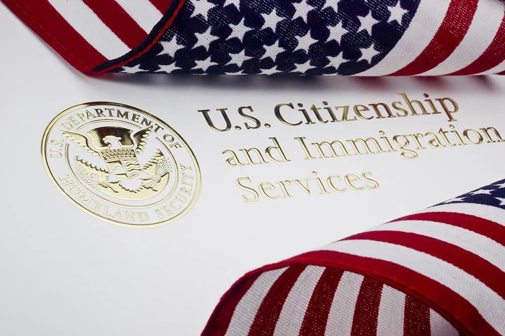 移民局将启用新版入籍考试