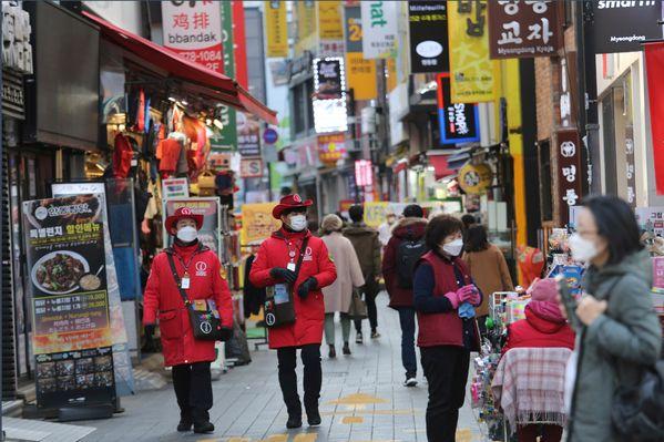 韩国首尔单日新增295例新冠病例,再创单日新高