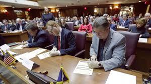 美国各州选举结果认证尘埃落定,选举人团会议12月14日召开