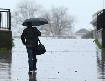 第一场冬季风暴登录南加州地区