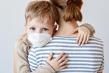 戴一个口罩好,戴两个会更好吗?