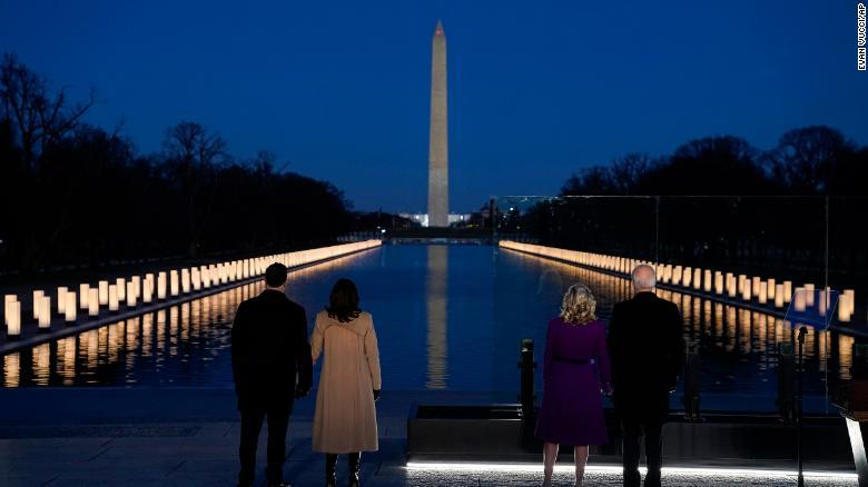 1/19美国疫情更新:全美新冠死亡总数超40万,拜登就职典礼前夕悼念逝者