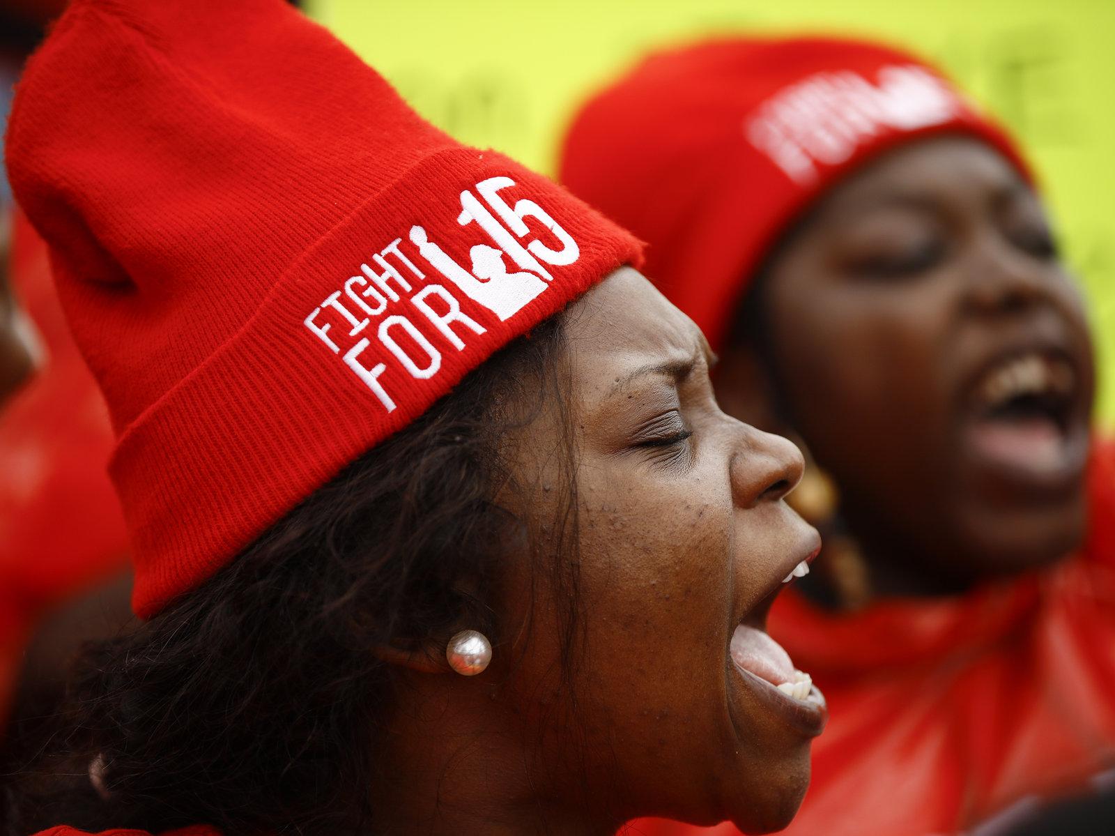 参议院暂不愿将最低工资提高至15美元,民主党人誓言推进