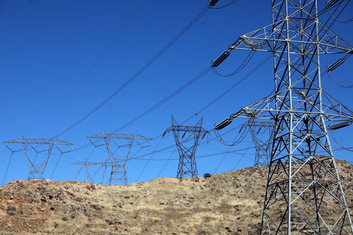 爱迪生电力等加州公共事业公司将花费130亿减少山火风险