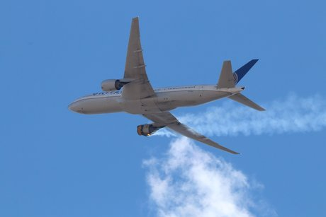 受发动机起火影响波音停飞全球128架777客机