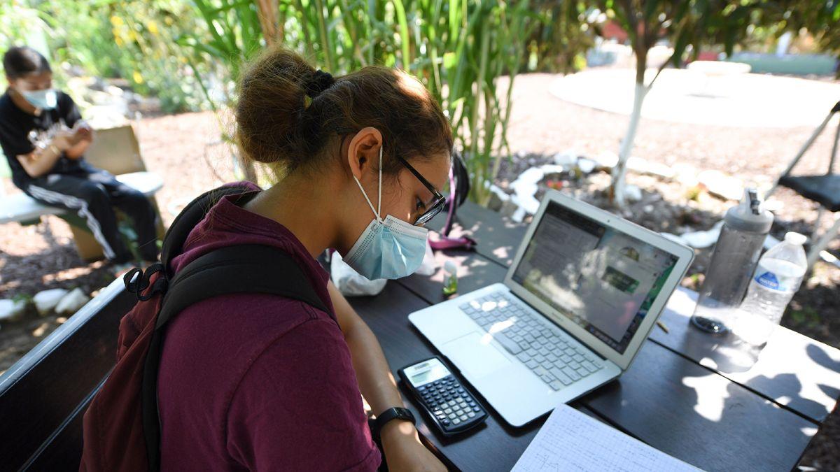 洛杉矶联合学区推行新软件来追踪学生健康
