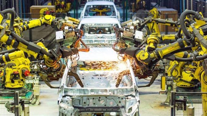 受芯片短缺影响全球汽车行业收入将减少606亿美元