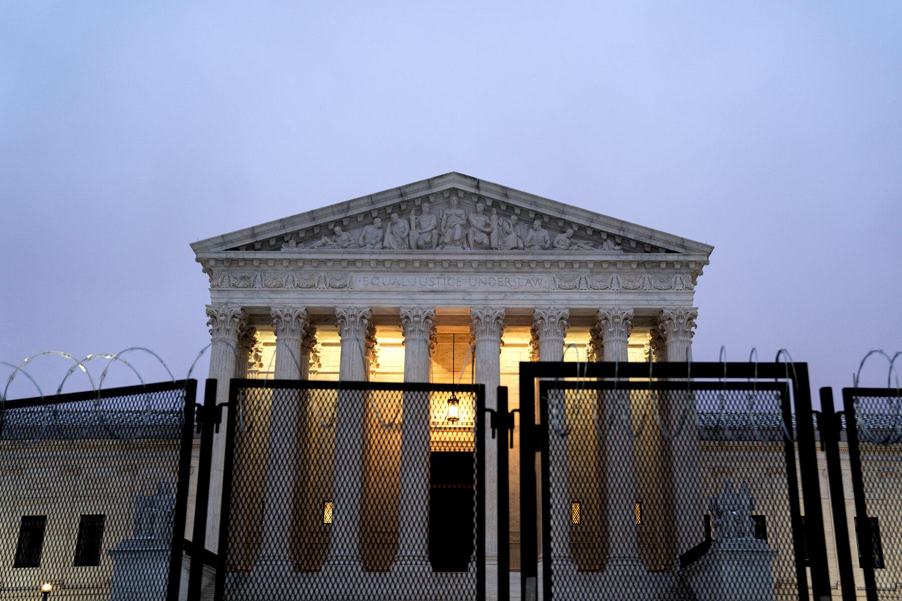 拜登将创建委员会研究最高法院改革事宜