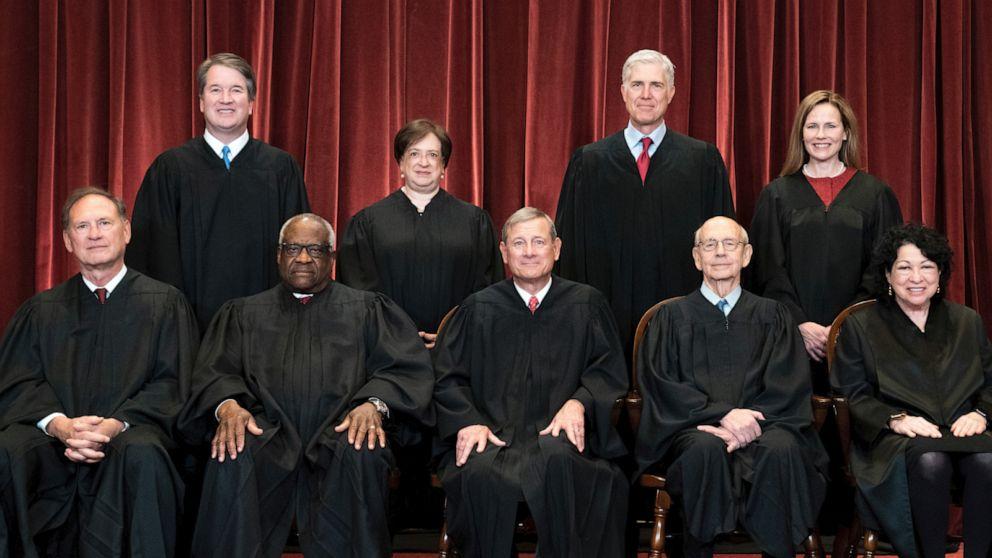 美国最高法院9名大法官举行面对面会议