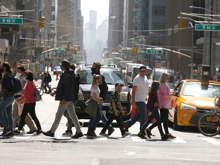 纽约市长宣布将于7月1日全面重启纽约市
