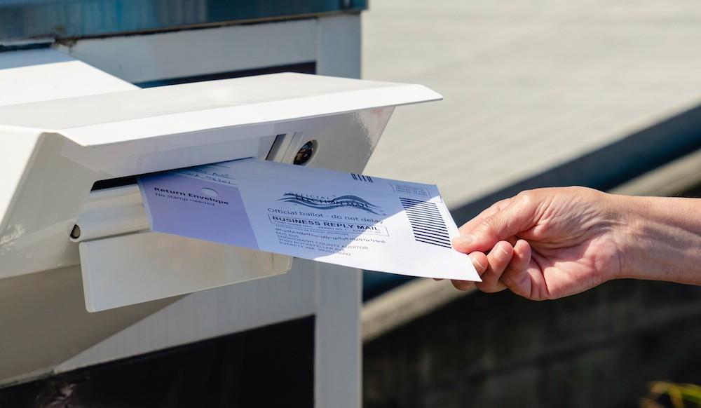 佛罗里达通过新的投票法案,促使居民邮寄选票更加困难