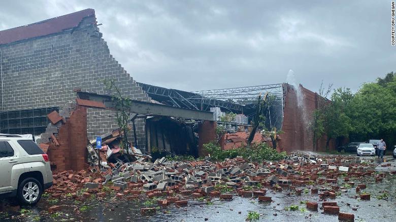 龙卷风预警!亚特兰大地区超过一亿人面临严重风暴威胁