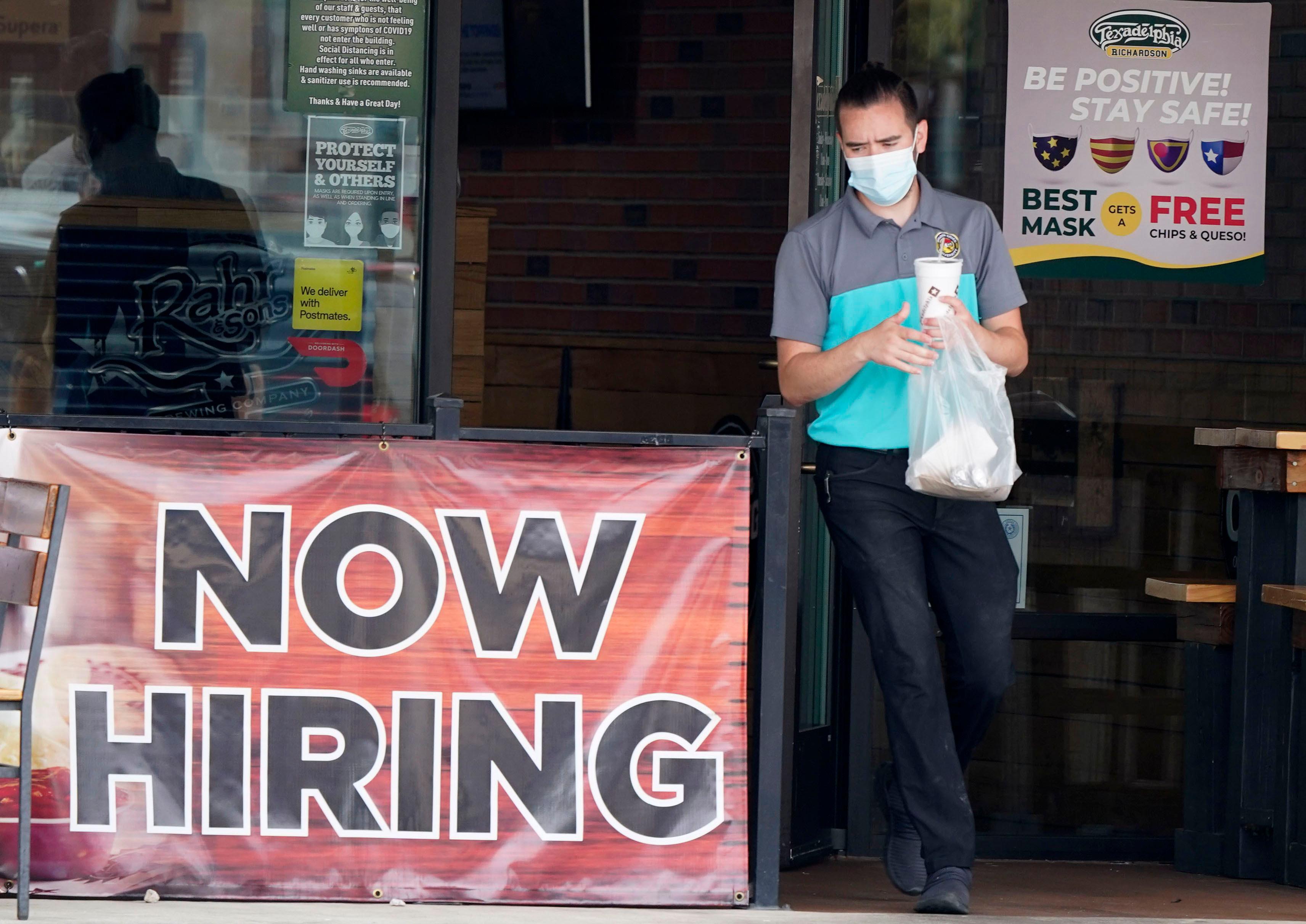 美国上周申领失业救济金人数47.3万,创疫情以来新低