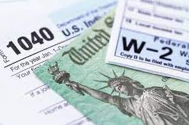 国税局报税截止日大批民众强点完成报税