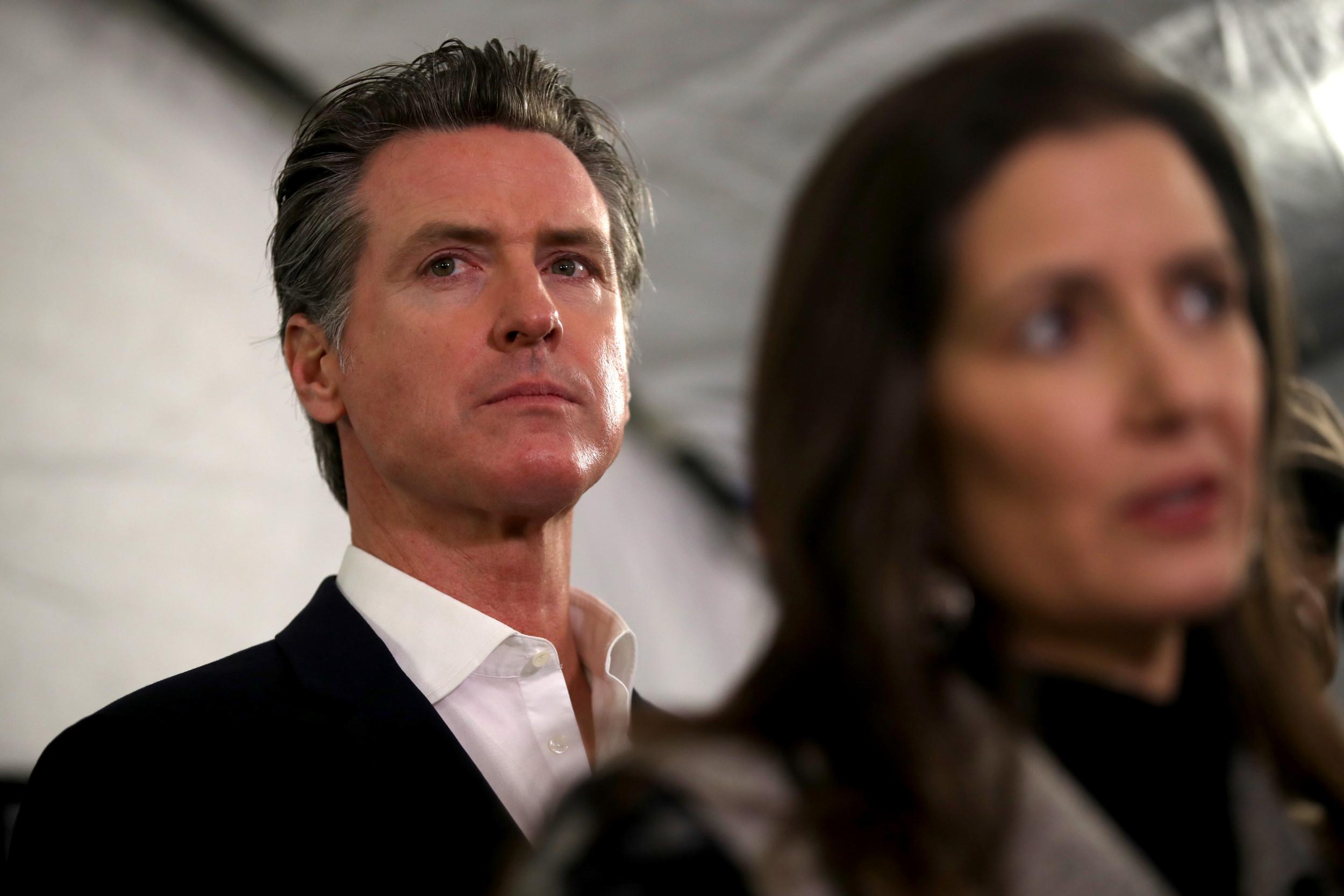 加州教师协会支持纽森,反对州长罢免活动