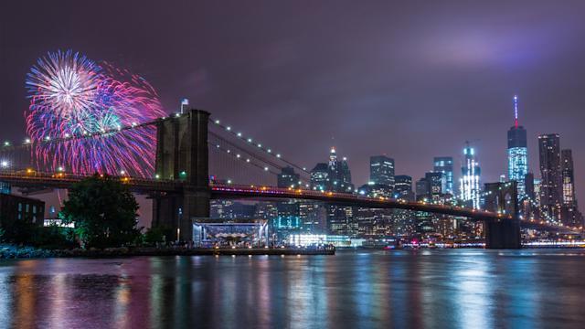 纽约市长称今年独立日烟花将以熟悉的样子回归