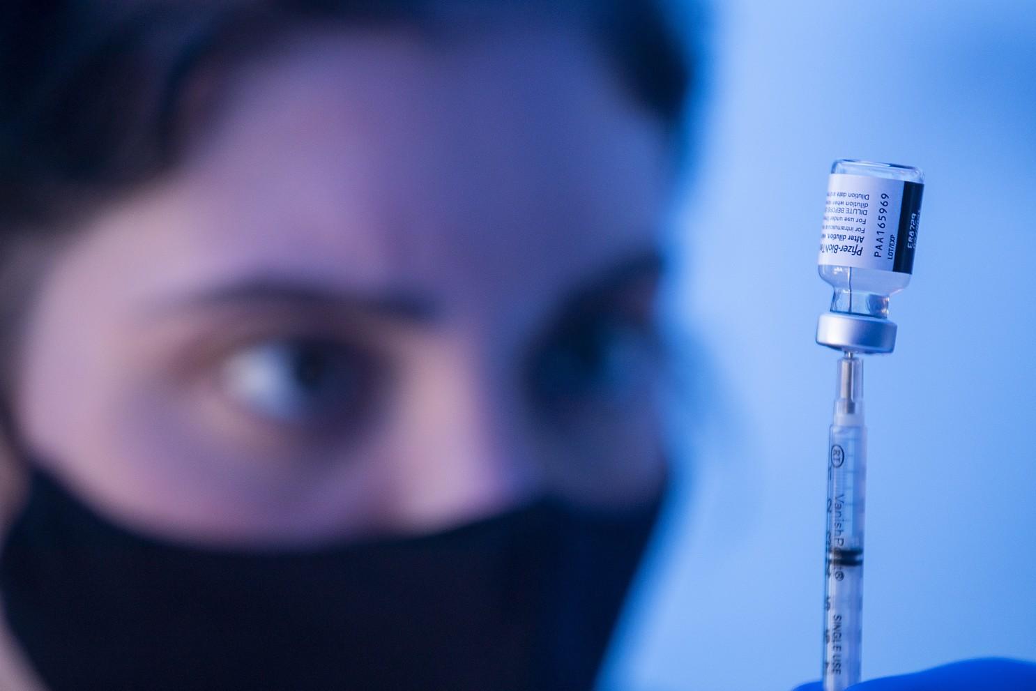 UCLA研究:已感染新冠患者接种1剂新冠疫苗即可产生防护