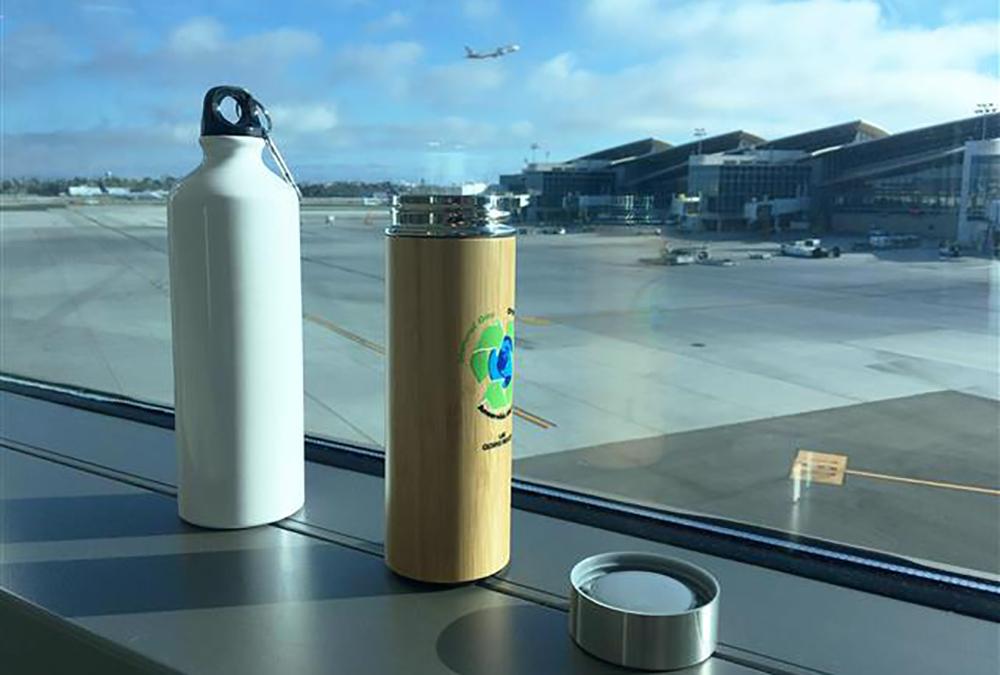 洛杉矶LAX将在2023年逐步淘汰一次性塑料瓶