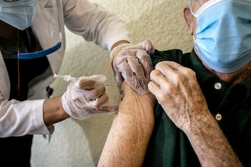 选择不受疫苗保护-美国疫情的最新挑战