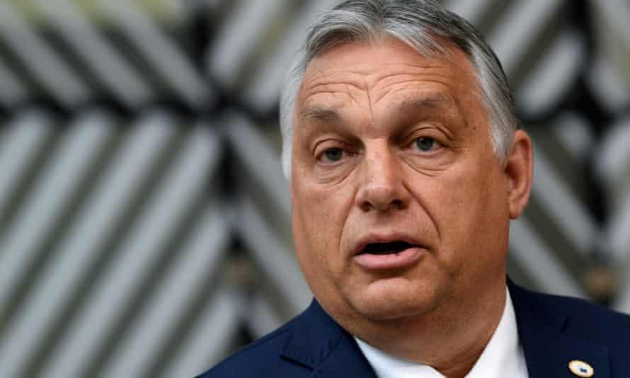 匈牙利将举办公投表决新的LGBTQ限制法