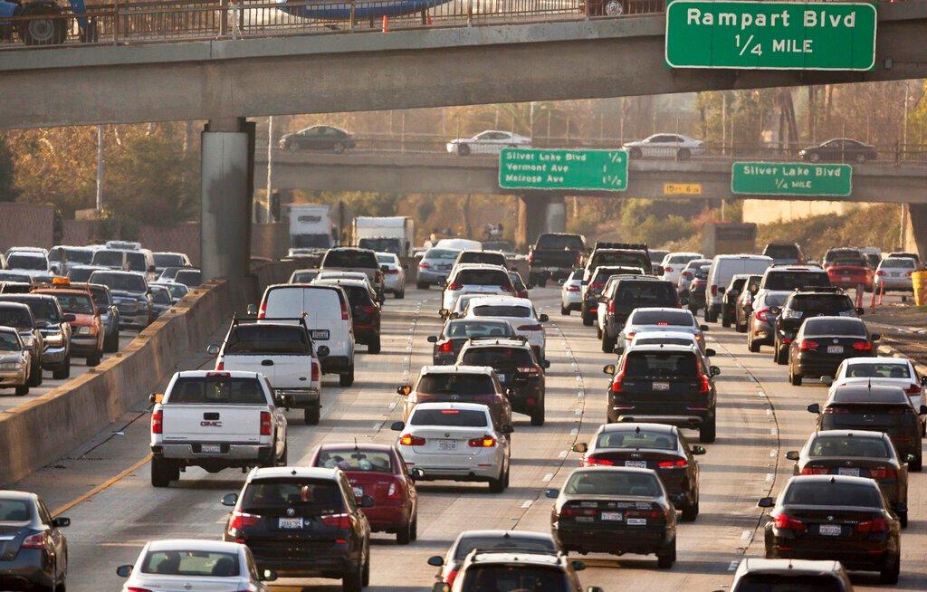 洛杉矶交通堵塞回到疫情前水平