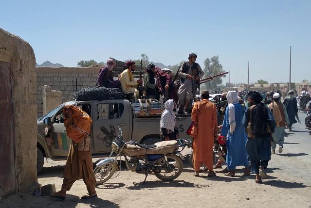 塔利班在阿富汗迅速扩张 美国大使馆敦促公民撤离