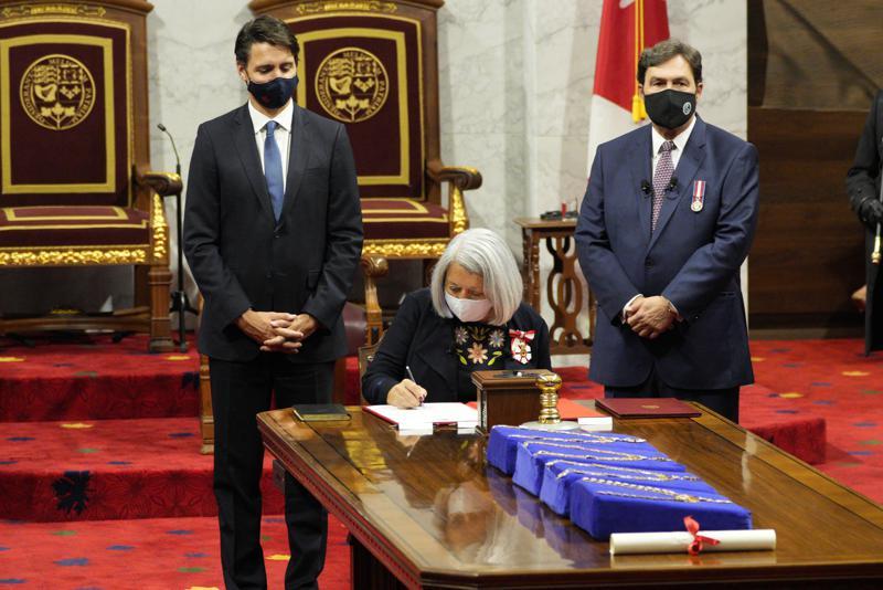 加拿大总理为获得更多的防疫授权提前举行大选