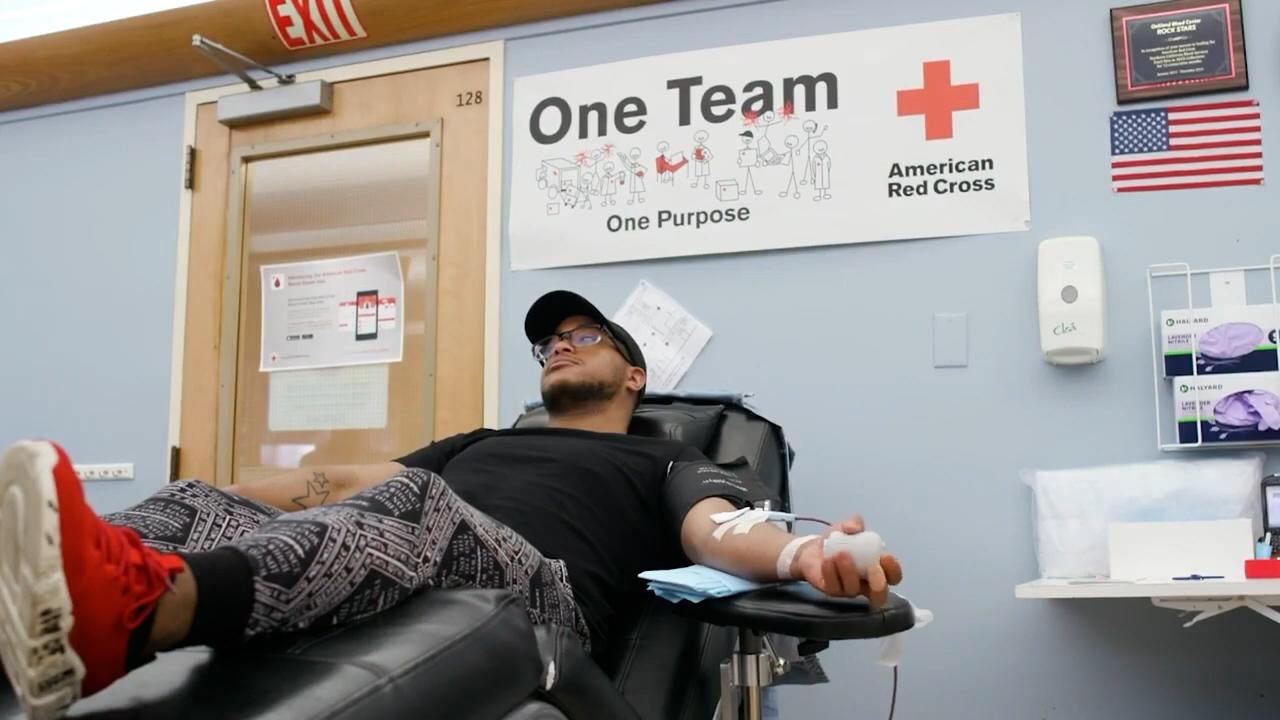 全美多地血库告急 红十字会呼吁民众献血