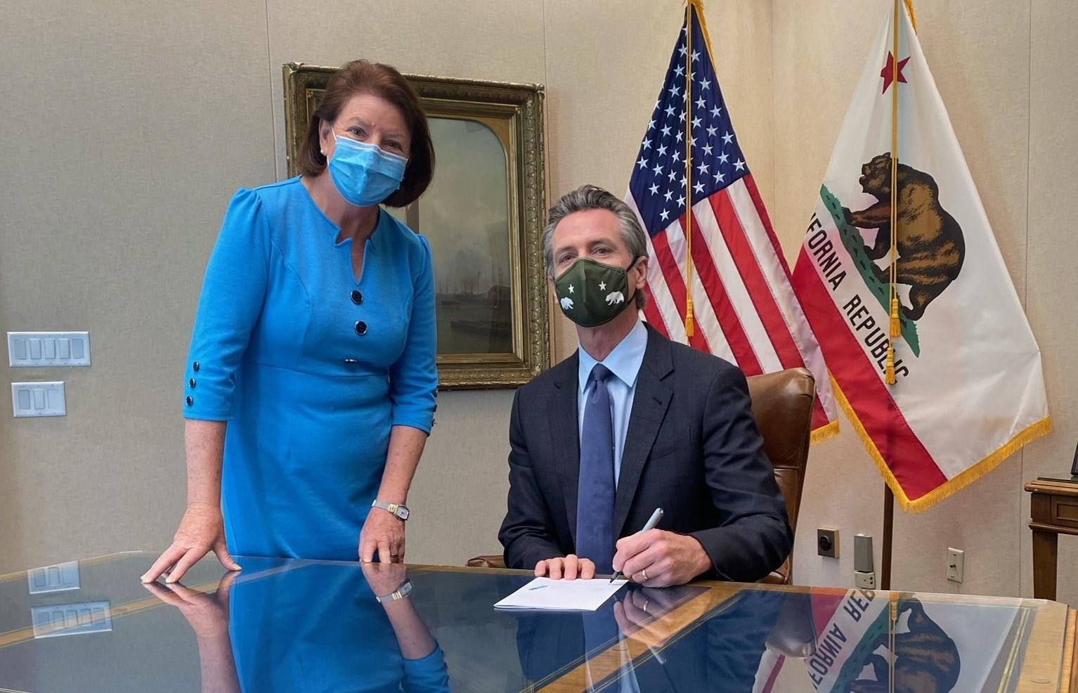 纽森签署新住房法案,或将减少加州的单户住宅区划