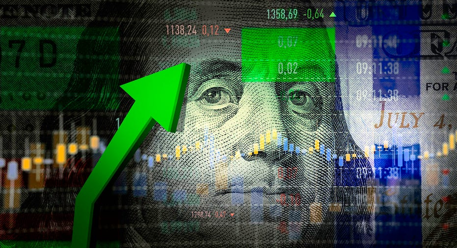 美国三大股指涨跌各异,银行股继续走强